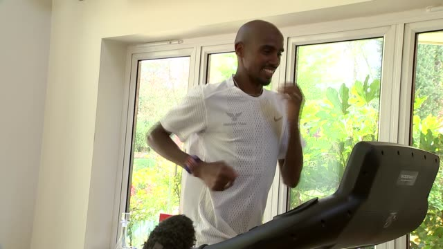 run for heroes 5km sir mo farah interview england surrey int sir mo farah interview whilst running on treadmill sot re run for heroes 5k challenge - exercise machine stock videos & royalty-free footage