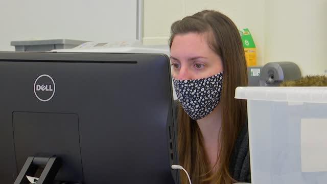 vídeos y material grabado en eventos de stock de secondary schools preparing for covid-19 testing and face masks in classrooms; england: london: plaistow: cumberland school: int various shots of... - iva
