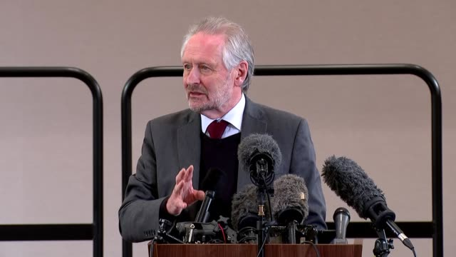 sir peter soulsby and ivan browne press conference; england: east midlands: leicester: int sir peter soulsby answering questions at press conference... - {{relatedsearchurl(carousel.phrase)}} video stock e b–roll