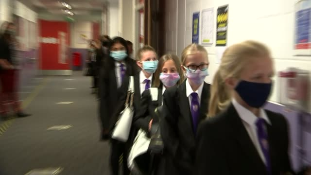 social distancing measures at grace academy in solihull; england: west midlands: solihull: grace academy: int various of secondary schoolchildren... - protective face mask stock videos & royalty-free footage