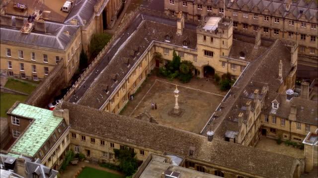 aerial, corpus christi college, oxford, england - oxford oxfordshire stock-videos und b-roll-filmmaterial