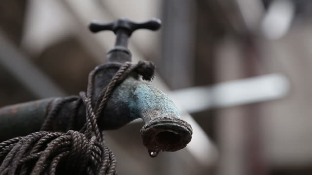 corroded, dripping faucet - faucet stock videos & royalty-free footage