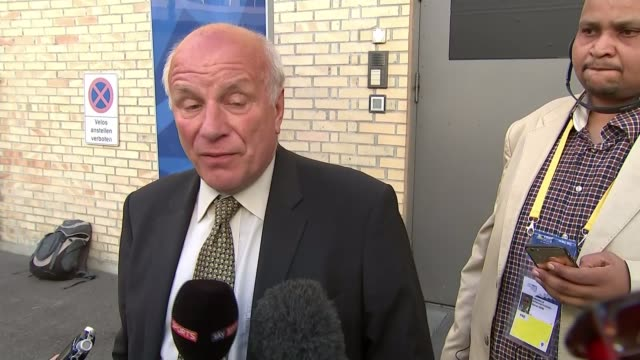 sepp blatter reelected as fifa president switzerland zurich ext greg dyke speaking to press outside fifa congress building sot i think we all... - greg dyke stock videos and b-roll footage