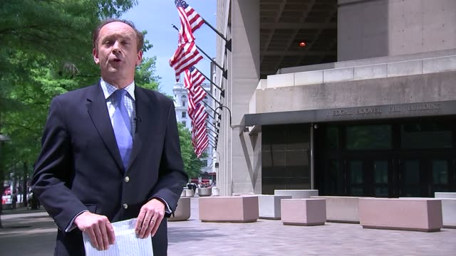 sepp blatter refuses to resign / boycott threat washington dc reporter to camera sot - itvイブニングニュース点の映像素材/bロール