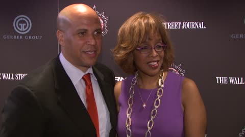"""cory booker and gayle king at """"the amazing spider-man"""" new york special screening at regal union square theatre, stadium 14 on june 28, 2012 in new... - gayle king stock videos & royalty-free footage"""
