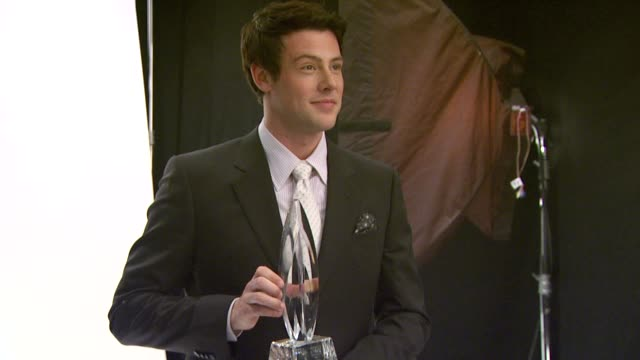 cory monteith at the people's choice awards photo booth at los angeles ca - cory monteith stock videos and b-roll footage