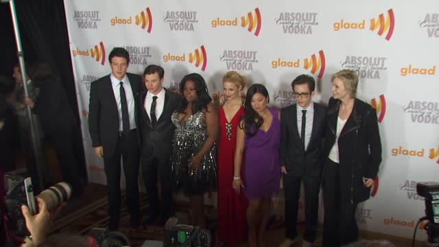cory monteith chris colfer amber riley dianna agron jenna ushkowitz kevin mchale jane lynch at the 2010 glaad media awards at century city ca - cory monteith stock videos and b-roll footage