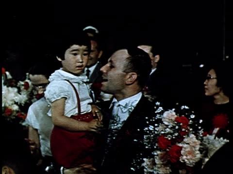 vídeos y material grabado en eventos de stock de cosmonaut yuri gagarin, first man in space. gagarin's triumphant trips abroad : in japan. - cinta de cabeza