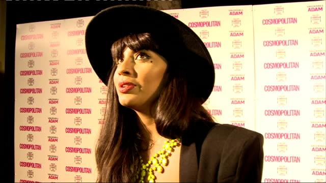 vídeos de stock, filmes e b-roll de cosmopolitan ultimate women of the year awards 2013 celebrity interviews jameela jamil interview sot ellie goulding talking to other press /... - ellie goulding