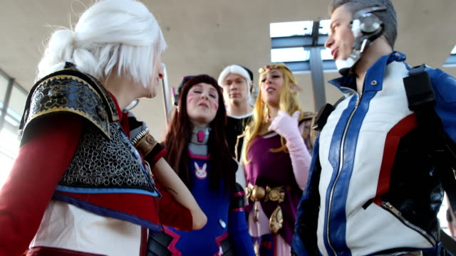 cosplayers zibartas cosplay as soldier 76 overwatch riven cosplay as ciri anndote as zelda from the legend of zelda and benjamin as dark link from... - sachsen stock-videos und b-roll-filmmaterial