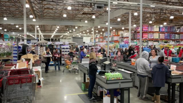 costco at 6pm in santa clarita california on march 13 2020 in various cities united states - santa clarita video stock e b–roll