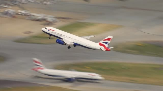 costcutting may have hit british airways' customer satisfaction ratings england london heathrow airport british airways plane taking off - aeroplane stock videos & royalty-free footage