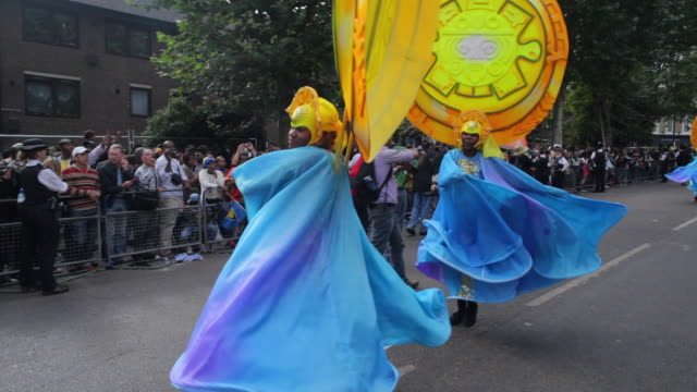 WS DS Costumed dancers parade in Notting Hill Carnival / London, United Kingdom
