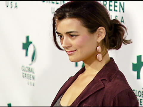 stockvideo's en b-roll-footage met cote de pablo at the 3rd annual pre-oscar party hosted by global green usa on february 21, 2007. - oscar party