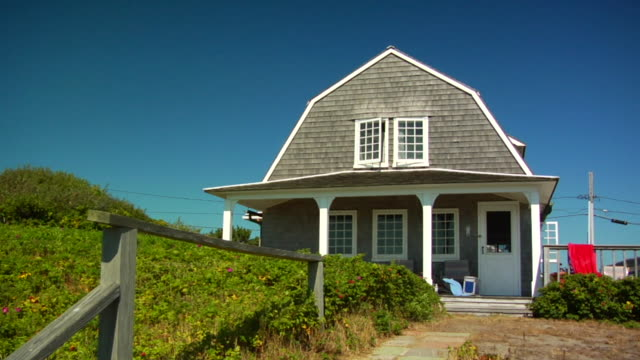 ms, cottage, north truro, massachusetts, usa - コテージ点の映像素材/bロール