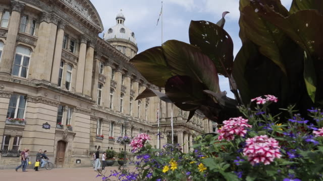 council house & victoria square, birmingham, west midlands, england, united kingdom, europe - town hall stock videos & royalty-free footage