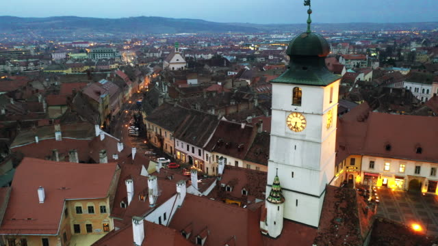stockvideo's en b-roll-footage met council tower in sibiu, romania - transsylvanië