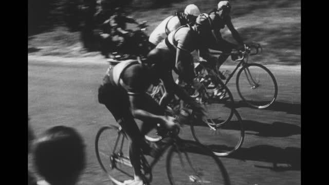 "countdown / sportfolio intro sequence / card: ""place commercial here"" / tour de france / winner ferdinand kubler, of switzerland, crosses finish line... - tour de france stock-videos und b-roll-filmmaterial"