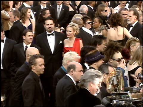 stockvideo's en b-roll-footage met counting crows at the 2005 academy awards at the kodak theatre in hollywood, california on february 27, 2005. - 77e jaarlijkse academy awards