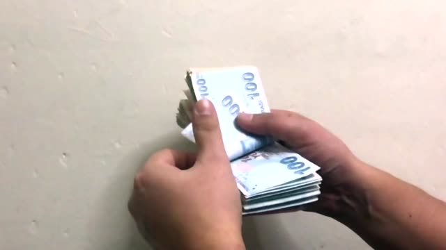 counting money - financial accessory stock videos & royalty-free footage