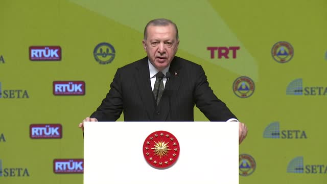 stockvideo's en b-roll-footage met countries exposed to islamophobia should establish a strong communication network in the international arena, the turkish president said on tuesday,... - videoato