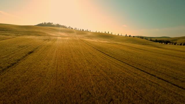 Luchtfoto platteland villa in de Toscane