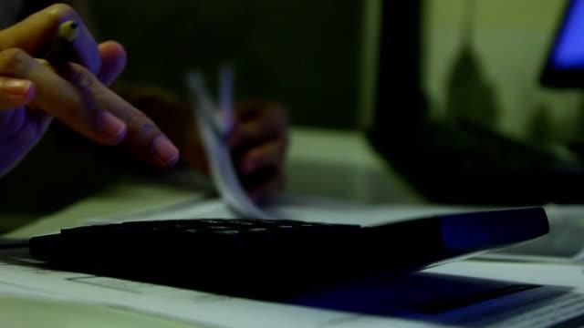 vídeos y material grabado en eventos de stock de cuenta con la calculadora: 1920 full hd x1080. - hoja de cálculo