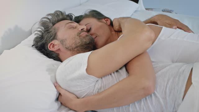 Paar Erwachen