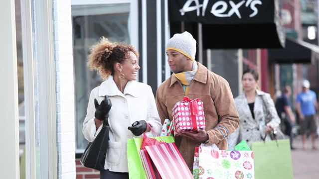 couple christmas shopping - richmond virginia stock videos & royalty-free footage
