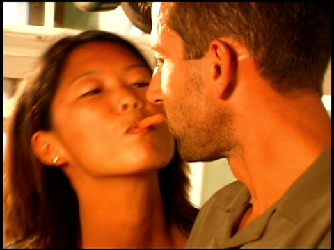 couple dancing and kissing - braunes haar stock-videos und b-roll-filmmaterial