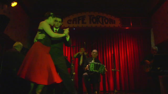 ms couple dancing in tortoni cafe, buenos aires, argentina - tangoing stock videos & royalty-free footage
