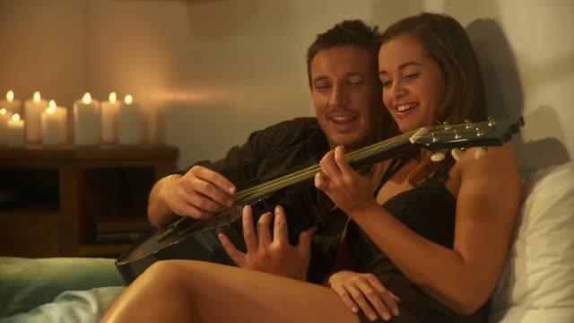 DOLLY DE LA HD : Couple s'amuser