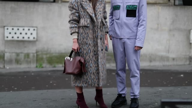 couple jean-sebastian rocques and alice barbier seen outside jacquemus during paris fashion week - menswear f/w 2019-2020 day six on january 20, 2019... - menswear stock videos & royalty-free footage