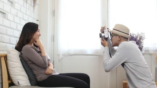 paar Liebe Aufnahme mit Leica Kamera