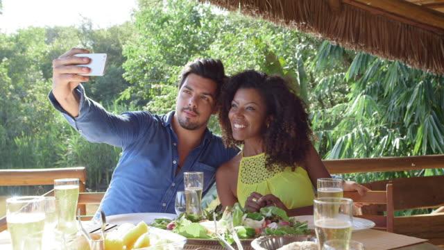 MS A couple take a selfie together / Maringa, Brazil