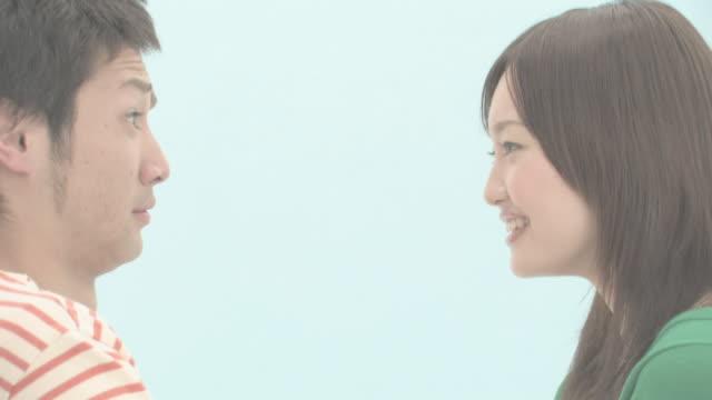 couple - 向かい合わせ点の映像素材/bロール