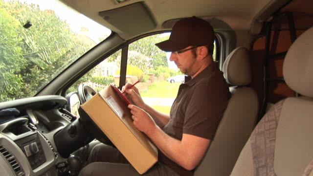 Courier / Delivery man in Van2 - HD & PAL