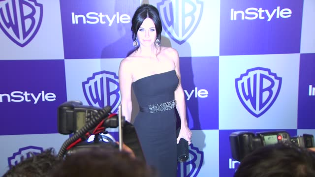 vídeos y material grabado en eventos de stock de courteney cox at the warner bros and instyle golden globe afterparty at beverly hills ca - warner bros
