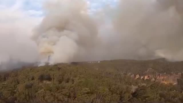 royal navy a royal navy helicopter pilot has helped evacuate people trapped by the bush fires in australia lieutenant commander nick grimmer 35 from... - australia stock videos & royalty-free footage