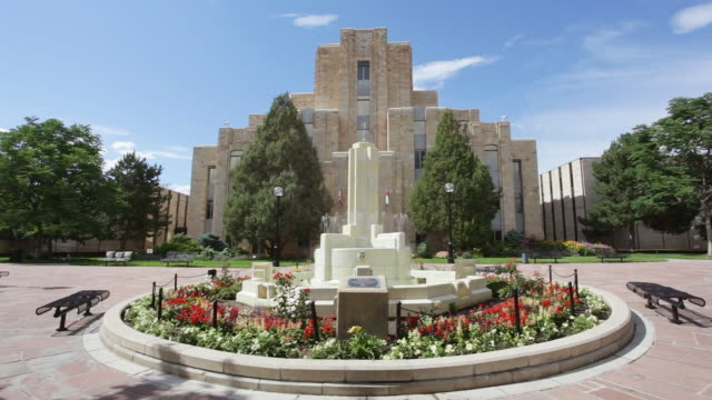 ms courthouse and fountain / boulder, colorado, united states - boulder stock videos & royalty-free footage