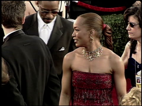 courtney b vance at the 2000 academy awards at the shrine auditorium in los angeles california on march 26 2000 - 72nd annual academy awards stock videos and b-roll footage