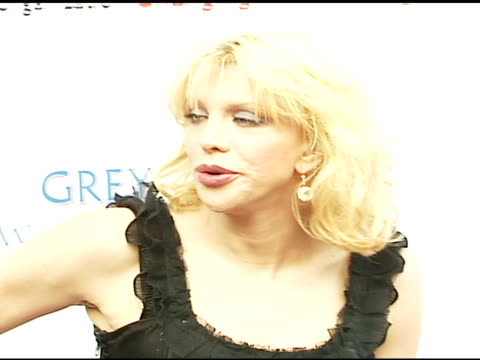 courtney love at the chrysalis' fifth annual butterfly ball at private residence in bel air, california on june 10, 2006. - chrysalis butterfly ball video stock e b–roll