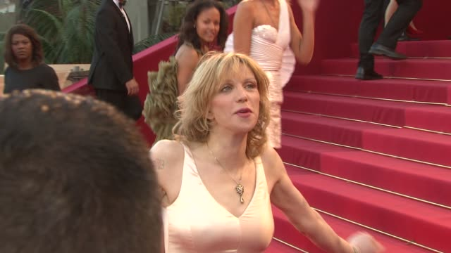 courtney love at the 'this must be the place' premiere during the 64th cannes film festival at the this must be the place red carpet arrivals: 64th... - コートニー・ラブ点の映像素材/bロール