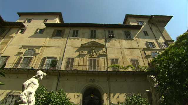 Courtyard Tilts, Lucca, Italy