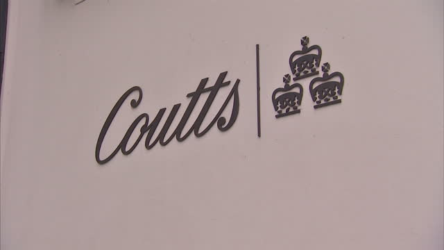 coutts the exclusive bank to the rich and famous owned by rbs is facing claims relating to its swiss operations showing exterior shots coutts bank... - ロイヤル・バンク・オブ・スコットランド点の映像素材/bロール