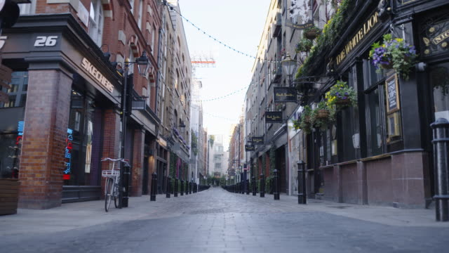 covent garden market and piazza - empty london in lockdown during coronavirus pandemic - greater london video stock e b–roll