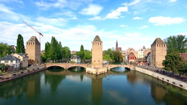 vidéos et rushes de ponts couverts (ponts couverts) à strasbourg - strasbourg