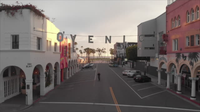 covid-19 empty city venice beach california - video stock videos & royalty-free footage