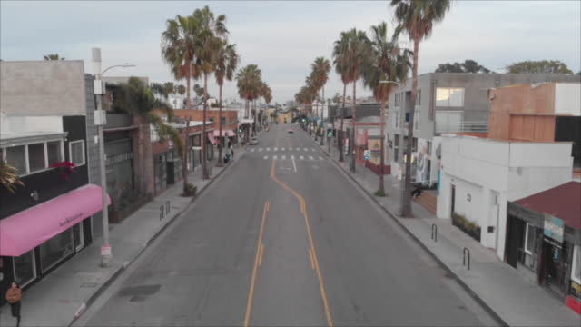 covid-19 empty city venice beach california - organisation stock videos & royalty-free footage
