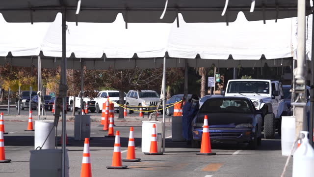 covid-19 testing site in el paso, texas, as pandemic progresses in el paso, texas, u.s., on monday, november 30, 2020. - community college stock videos & royalty-free footage